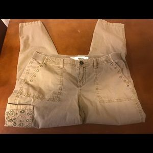 Sonoma size 12 embroidered cargo nice 32 long
